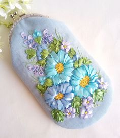 Embroidery Purse, Couture, Purses, Bias Tape, Totes, Embroidery, Handbags, Haute Couture, Purse