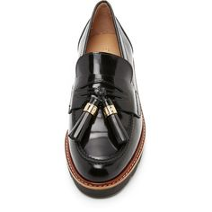 Stuart Weitzman Manila Loafers ($420) ❤ liked on Polyvore featuring shoes, loafers, stuart weitzman, stuart weitzman flats, loafer flats, platform flats shoes and tassle loafers