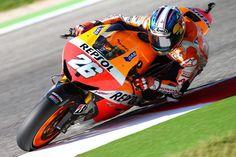 "RT@MotoFamilyGP: Pedrosa:""Seguro que será una carrera apasionante"" #Misano 14 http://www.marca.com/2014/09/09/motor/mundial_motos/gp-san-marino/1410259975.html… pic.twitter.com/p4wbORna1d"