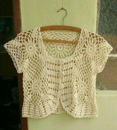 Crochet Poncho Patterns, Crochet Jacket, Crochet Cardigan, Crochet Stitches, Knitting Patterns, Crochet Summer Tops, Knit Crochet, Fashion Design Sketchbook, Beading Patterns Free