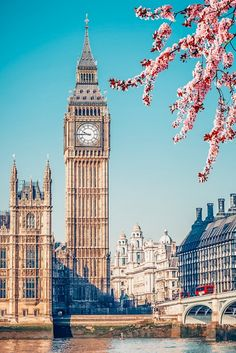 Travel Around The World, Around The Worlds, Places Around The World, London Dreams, Photo Deco, Big Ben London, Visualisation, London Places, Belle Villa