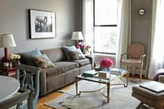 Blue, pink, love the accessories and vintage furniture. Simple and attainable. #livingroom