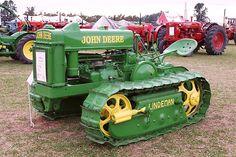 1945 John Deere Linderman crawler John Deere Equipment, Old Farm Equipment, Heavy Equipment, Antique Tractors, Vintage Tractors, Antique Cars, Jd Tractors, John Deere Tractors, Tractor Pulling