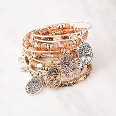 Show all the #motherly figures in your life how much you care!  #ArthursJewelers