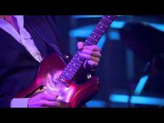 ▶ 358 Joe Bonamassa Bird On A Wire (Beacon Theatre 05-11-2011) - YouTube