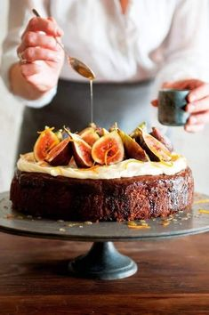 How to make Clodagh McKenna's Figgy Autumn Cake Fig Recipes, Baking Recipes, Cake Recipes, Dessert Recipes, Fancy Recipes, Holiday Recipes, Fig Pudding, Fig Dessert, Pie Cake