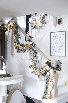 Christmas is coming, how is your home decorated? What I want to remind you is: Don't forget the Christmas staircase decoration. We have provided you with 30 best Christmas staircase decoration ideas, please enjoy! Rose Gold Christmas Decorations, Elegant Christmas Decor, Farmhouse Christmas Decor, Rustic Christmas, Christmas Mantles, Victorian Christmas, Christmas Colors, Vintage Christmas, Christmas Staircase