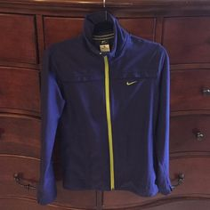 Nike Dri-Fit jacket, size M, worn once This Nike jacket is perfect for pre/post workout or just everyday. It has thumbholes and is lightweight. Only wore it once, washed on delicate and laid to dry. Like new! Nike Tops Sweatshirts & Hoodies