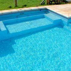 Piscinas familiares: Piletas de estilo moderno por Piscinas Scualo Backyard Pool Designs, Ponds Backyard, Pool Landscaping, Backyard Patio, Outdoor Pool, Ideas De Piscina, Florida Pool, Modern Pools, My Pool