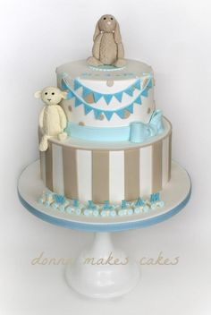 Grey & Brown christening cake with bears