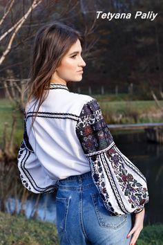 Ethnic Fashion, Embroidery Stitches, Macrame, Folk, Cross Stitch, Ruffle Blouse, Denim, Sewing, Sleeves