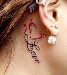 .  . Tattoos hinter dem Ohr sind sowohl für Einsteiger als auch für alte Tattoohasen, eine willkommene Abwechslung. Die kleinen Motive werden in jeder nur erdenklichen Stilrichtung hinter die Ohren gestochen und sind bei Frauen und Männern gleichermaßen ein schönes Accessoire-Tattoo. .  .  . . …