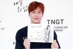 Lee Min Ho TNGT Fan Sign on 14 September 2015 :  Heart-Warming [ Report By:  Korea NEWS - mt Star Daily on 18 September 2015 @ 08:08 hours]휠체어 탄 팬 챙긴 이민호..훈훈한 배려에 대륙도 감동 :: 네이버 TV연예