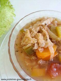"""SOUPE AU CHOUX & LE REGIME """"SOUPE AU CHOUX"""".....Bon...chaud...legèr!..... Soup Recipes, Cooking Recipes, Healthy Recipes, Lean Cuisine, Detox Soup, Cabbage Soup, Light Recipes, Diy Food, Fitness Diet"""