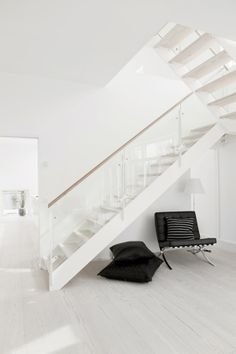 White in White Stairs by Mikkel Westfall 06