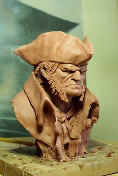 Here the bust in progress of the pirate Long John Silver, from the comic book of Mathieu Lauffray Human Sculpture, Sculpture Head, Lion Sculpture, Long John Silver Pirate, Evil Art, Wood Carving Art, 3d Prints, Gravure, Pottery Art