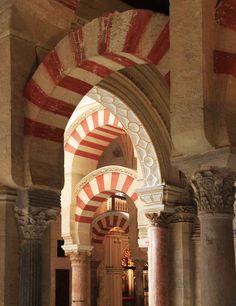 Transition des arches de la mosquée de Cordoue