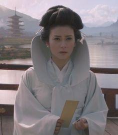 Ko Shibasaki as Mika from 47 Ronin