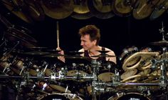 Terry Bozzio is best known for his work with Frank Zappa and the band Missing Persons. Terry Bozzio, Trommler, Drum Solo, Missing Persons, Frank Zappa, Best Rock, Drum Kits, Percussion, Google Images
