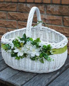 Easy Diy Crafts, Home Crafts, Holi Gift, Basket Crafts, Newspaper Crafts, Sewing Baskets, Paper Basket, Flower Girl Basket, Basket Decoration