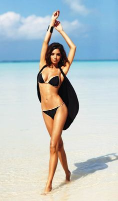 Black bikini . Resort bikini