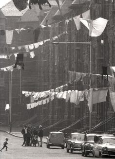 laundry day (is this in Glasgow?)