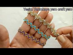 ZİGZAG BRACELET /ZİKZAKLI BİLEKLİK YAPIMI - YouTube Beaded Bracelets Tutorial, Beaded Bracelet Patterns, Seed Bead Bracelets, Handmade Bracelets, Handcrafted Jewelry, Beading Jewelry, Bracelet Making, Jewelry Making, Schmuck Design