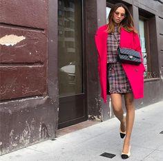 """Mi piace"": 1,213, commenti: 57 - Vola Udabe Randri (@olaizolav) su Instagram: "" •Coat #americanvintage @americanvintage_officiel •Top + Skirt #zara #zarawoman #zaradaily @zara…"""
