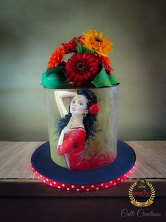 Spanish Dancer. 40th Cake. #handpaintedcake #spanishdancer #spanishart #edibleart #callicreation