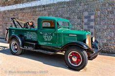 1935 International Tow Truck