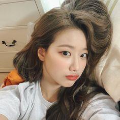 South Korean Girls, Korean Girl Groups, Korean Celebrities, Celebs, April Kpop, Forever Girl, Uzzlang Girl, K Idol, Korean Singer