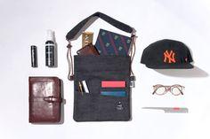 BELLWOODMADE(ベルウッドメイド) サコッシュ通販サイトANDSORE。BELLWOODMADEのサコッシュ「SUPER TWILL -NAVY-」をご購入出来ます。ベルウッドメイドの新作5,000円以上で送料無料! Simple Bags, Easy Bag, Trolley Case, What In My Bag, 2017 Ss, Backpacks, Design, Travel, Viajes