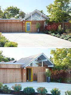 Die neue, natürliche äußere Holzverkleidung läuft durch das Haus, Aktualisierung eines klassischen Design-Merkmale der Eichler Häuser.