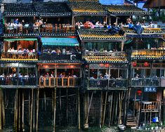 Stilted Building of Fenghuang Town - this travel photo of Fenghuang Old town shows the fantastic residential housse of China House On Stilts, Fence Styles, China Travel, China Trip, Lost City, Chinese Culture, Out Of This World, Old Town, Traditional