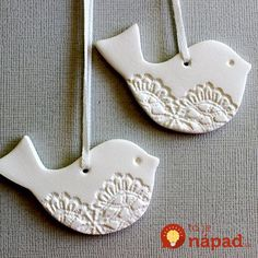 Newest Pics white clay pottery Style Lacey Bird Ornaments – Christmas Decoration, Tag, Keepsake, White Clay Christmas Clay, Christmas Projects, Simple Christmas, Christmas Tree, Homemade Christmas, Last Minute Christmas Gifts, White Christmas, Christmas Ideas, Navidad Simple