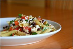 Greek Pasta:   1 pound penne pasta, cooked  1 pound chicken breast strips, cooked  1 red pepper, chopped  1 handful of baby spinach  1/2 red onion, sliced  1/4 c kalamata olives, chopped  1 small handful of feta cheese    Dressing:  1/3 c olive oil  2T red wine vinegar  1t Dijon mustard  3 garlic…