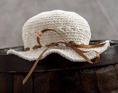 Romantici cappelli per mamme e figlie vestiti cerimonia bambina
