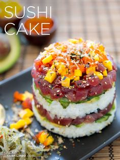 balanced sushi pizza bites cake Sushi Pizza Sushi Cake Balanced BitesYou can find Sushi cake and more on our website Sushi Pizza Recipe, Sushi Stacks Recipe, Fish Recipes, Seafood Recipes, Asian Recipes, Ethnic Recipes, Fresh Tuna Recipes, Cucumber Recipes, Healthy Dinner Recipes