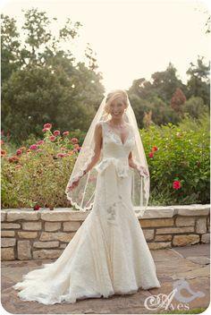 Fort Worth Botanical Gardens Bridal Portraits Robert Carr Chapel Soft Romantic Bridals Lace Dress Fitted Deep V Button Back Fingertip Veil Delicate Gorgeous-5751