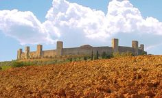 MONTERIGGIONI - Siena  If you LIKE #Tuscany see more photos on   www.facebook.com/amazingtuscany and... pinned with Pinvolve