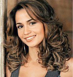 Nanda Costa tem um cabelo de diva e, se você quer ter o cabelo como ela, siga essas dicas ;) #cabelo #hairstyle #penteados #hair #ondas