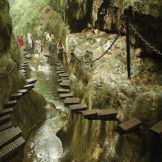 The hangin temple - China