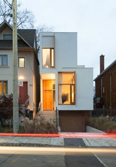 Ja Architecture Studio - The Offset House © Sam Javanrouh - Daniels Alum Nima Javidi, Behnaz Assadi, and Hanieh Rezaei