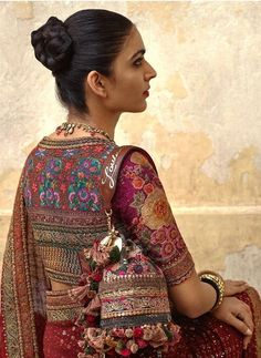 Red floral embroidered Sabyasachi saree 2019 Sabyasachi Charbagh Bridal Lehenga collection has a bunch of traditional red wedding lehengas, some gorgeous destination wedding outfits + lots more. Fancy Blouse Designs, Bridal Blouse Designs, Dress Designs, Sabyasachi Sarees, Anarkali, Kalamkari Saree, Bollywood Saree, Bollywood Fashion, Indian Sarees
