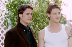 Twins Jeremy and Jason London find themselves fielding TV and movie offers in the early '90s after being discovered near their small Texas hometown in their 20s. Jason ultimately breaks out in the 1993 film Dazed and Confused, while Jeremy gains fame on TV dramas Party of Five and later, 7th Heaven. In recent years the pair have had difficulties with Jason only recently had his first public drunken catastrophe, but Jeremy has been mucking things up for years