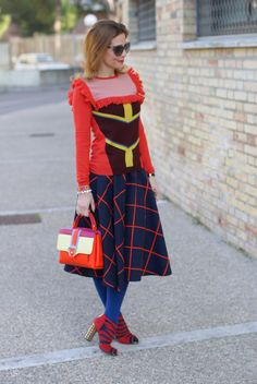 Color block fashion outfit with Choies skirt