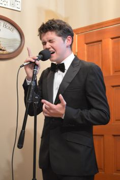 Damian McGinty ~ Thank goodness Celtic Thunder picked him, then he moved on to Glee, now on his own. So young; such talent!