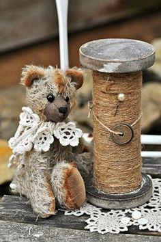 **Ana Rosa: Archive - antique bear with thread bobbin