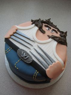 wolverine cake LOL. Wish I had the talent to make this!