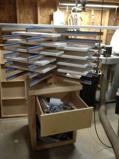 Cabinet Door Drying Rack A Quick And Simple Drying Rack For When Painting A Lot Of Things At